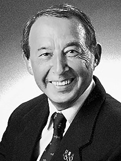 Dr Istvan Jarovek