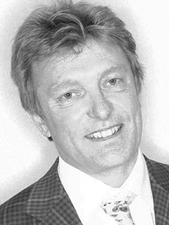 Dr Nigel Plummer-2